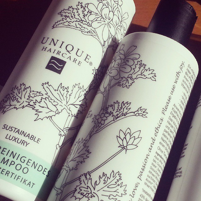 """Please use with joy"" - aber sicher doch! Danke @jessalabaster #uniquehaircare #madeindenmark"